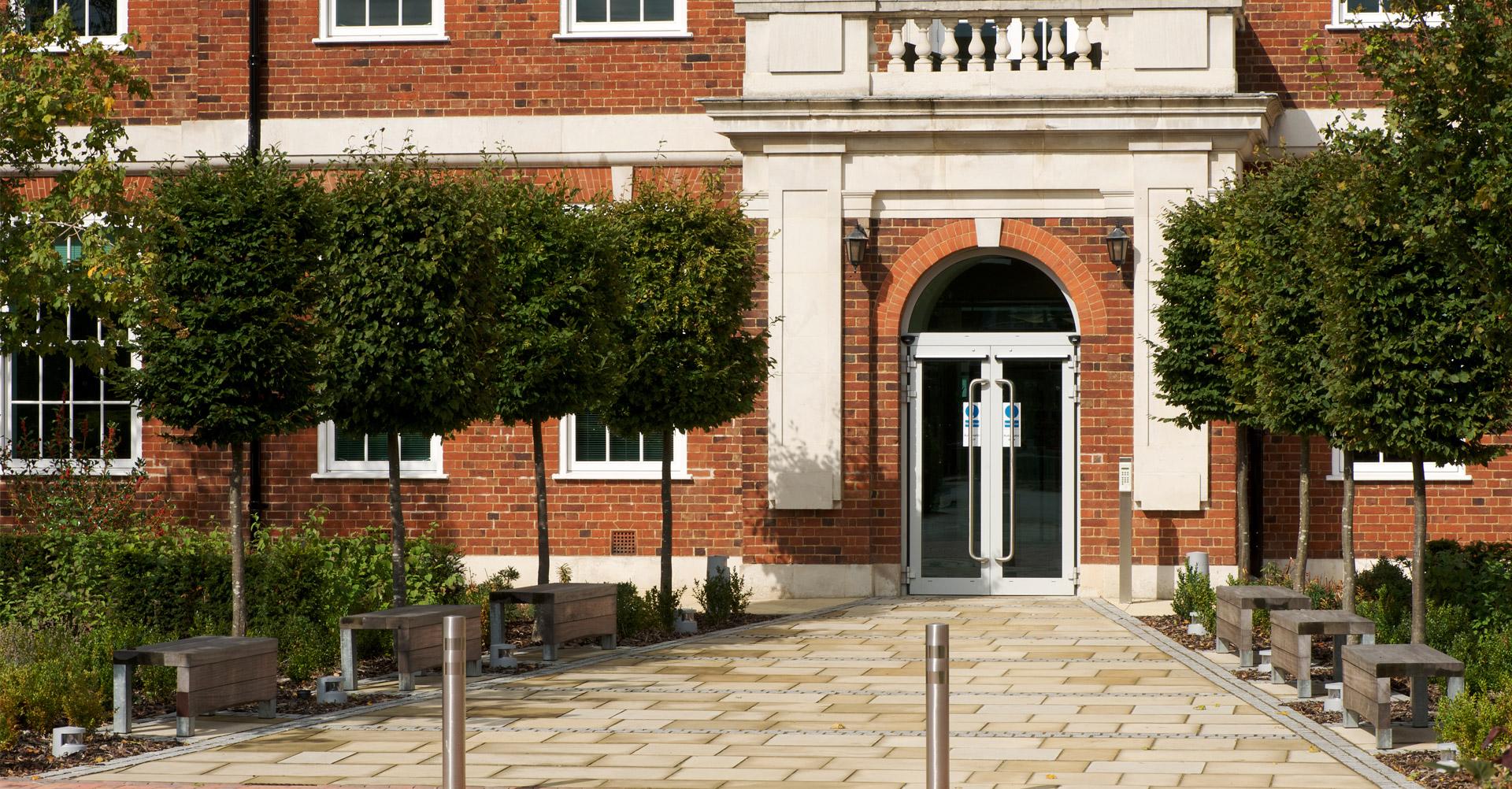 government-office-weybridge-2