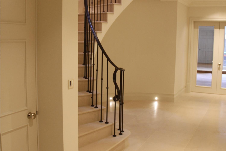 Moleanos – Staircase – Wentworth – Kinorigo