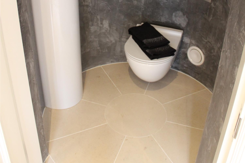 Moleanos – WC – Kinorigo