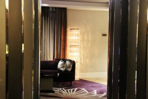 Sheraton-hotel-sofa