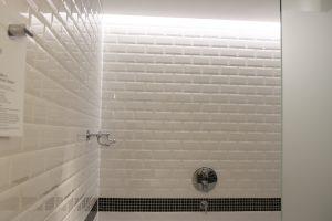 Sheraton-hotel-room-bathroom
