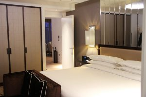 Sheraton-hotel-hotel-room