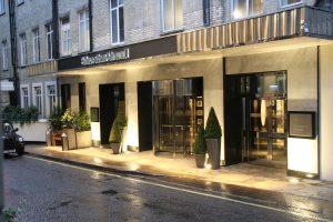 Sheraton-hotel-entrance-way