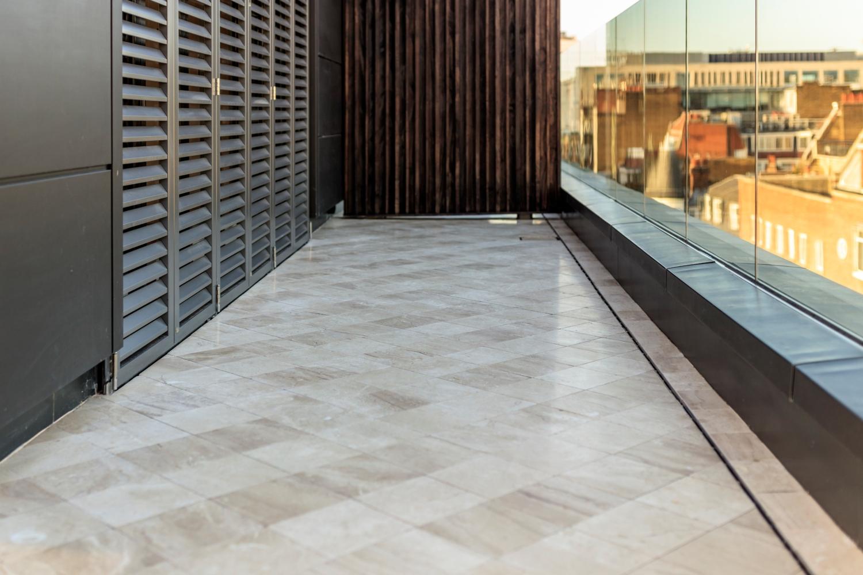 Slip Resistant Pearl – Natural Stone Terrace – Kinorigo