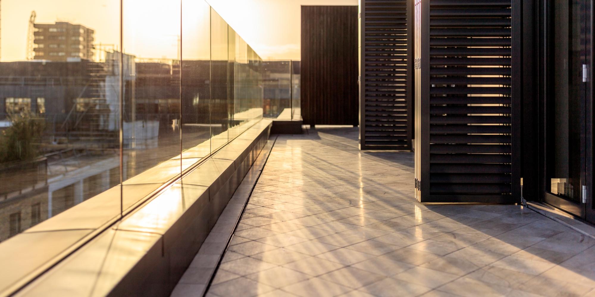 Top Image – Pearl Outside terrace – Kinorigo
