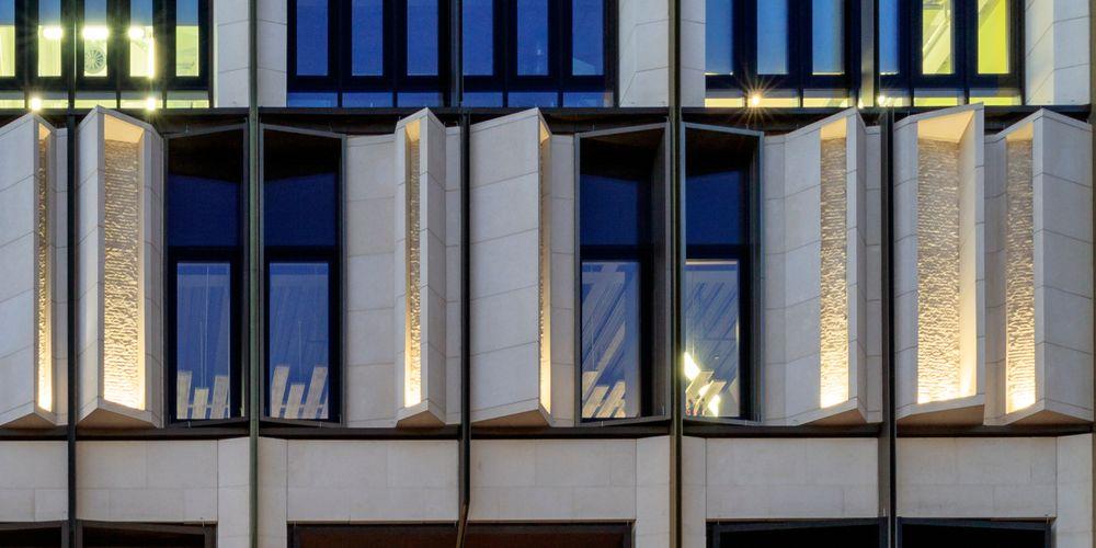 Oxford Street – Kinorigo Install (1)
