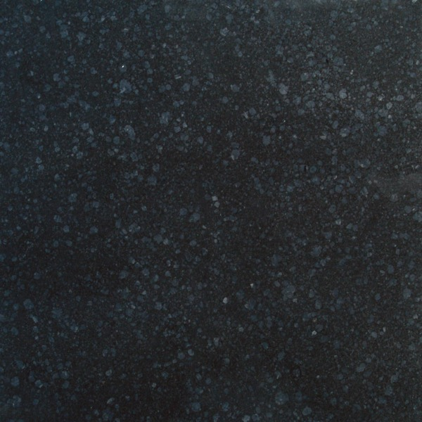 Kinorigo – Smoky Grey Basalt Honed
