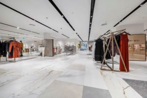 porcelain tiles in high end clothes shop