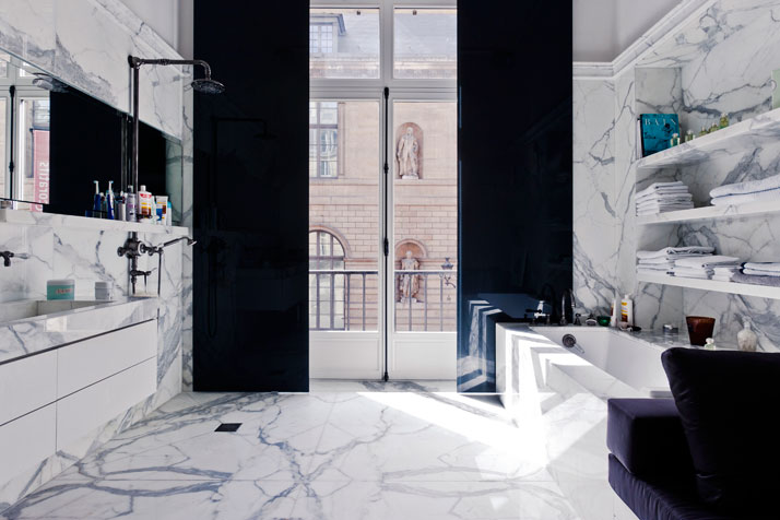 black and marble bathroom